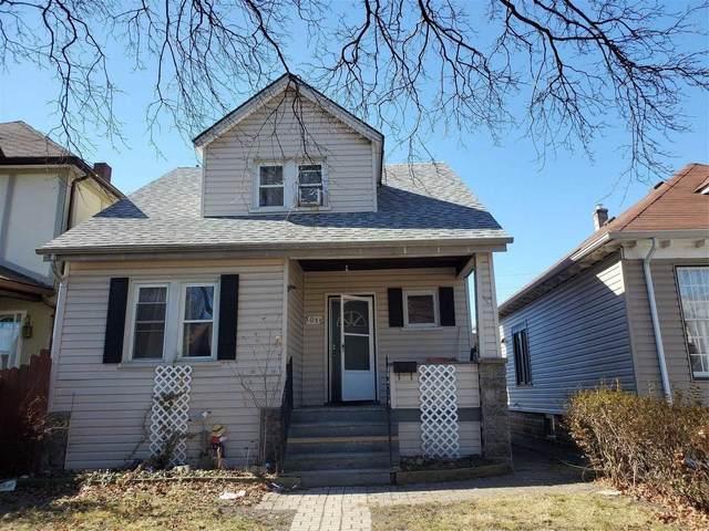 1015 Windsor Ave, Windsor, ON N9A 1K3 (MLS #X5134475) :: Forest Hill Real Estate Inc Brokerage Barrie Innisfil Orillia