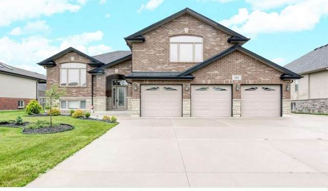 911 S Driftwood Cres, Lakeshore, ON N0R 1A0 (#X5404554) :: Royal Lepage Connect
