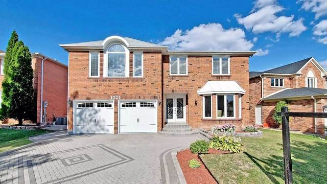 1223 Kings College Dr, Oakville, ON L6M 2T9 (#W4919503) :: The Ramos Team
