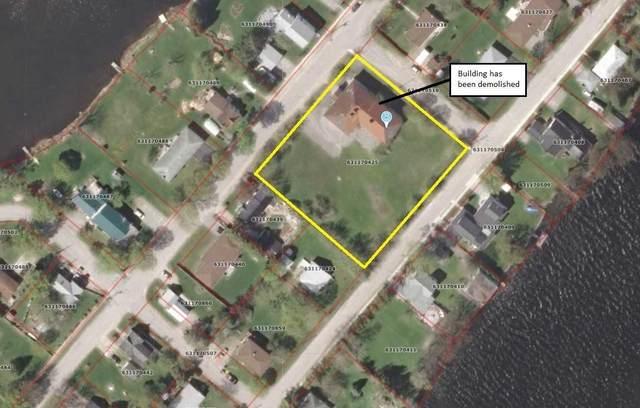 2 River St, Kawartha Lakes, ON K0M 1K0 (MLS #X5061110) :: Forest Hill Real Estate Inc Brokerage Barrie Innisfil Orillia