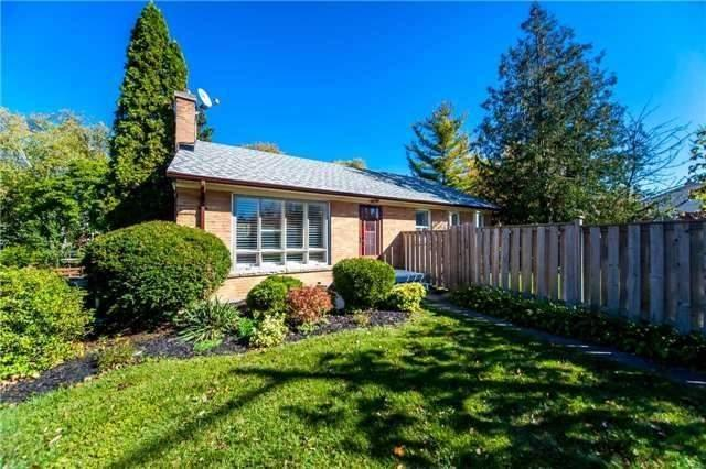 1 Broadleaf Rd, Toronto, ON M3B 1C1 (#C4047677) :: Beg Brothers Real Estate