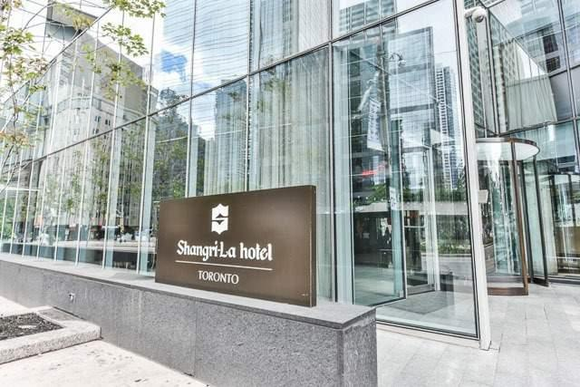 180 University Ave #2208, Toronto, ON M5H 0A2 (#C4087263) :: Beg Brothers Real Estate