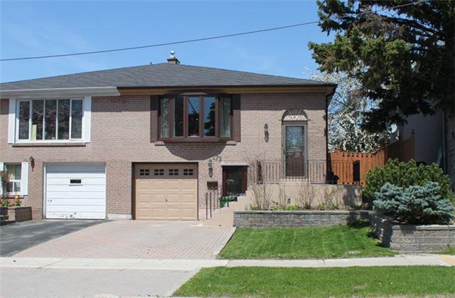 172 Old Sheppard Ave, Toronto, ON M2J 3L9 (#C4124937) :: Beg Brothers Real Estate