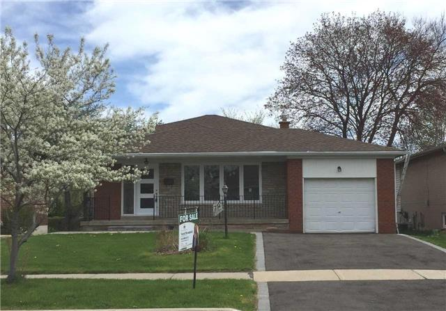 79 Chelmsford Ave, Toronto, ON M2R 2W5 (#C4129862) :: Beg Brothers Real Estate