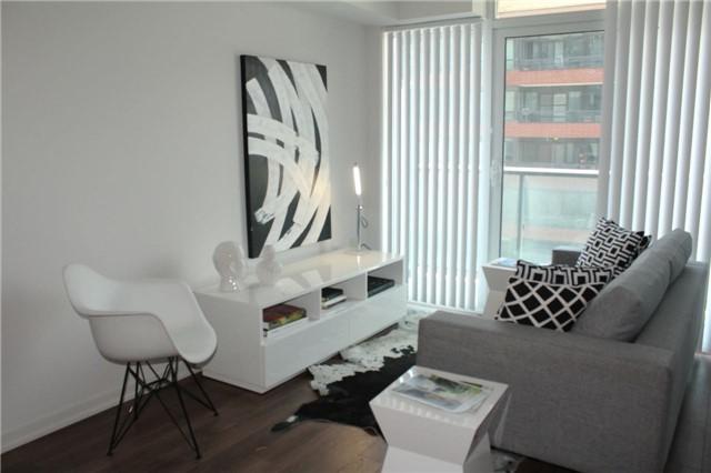 36 Lisgar St 1210E, Toronto, ON M6J 0C7 (#C4132359) :: Beg Brothers Real Estate