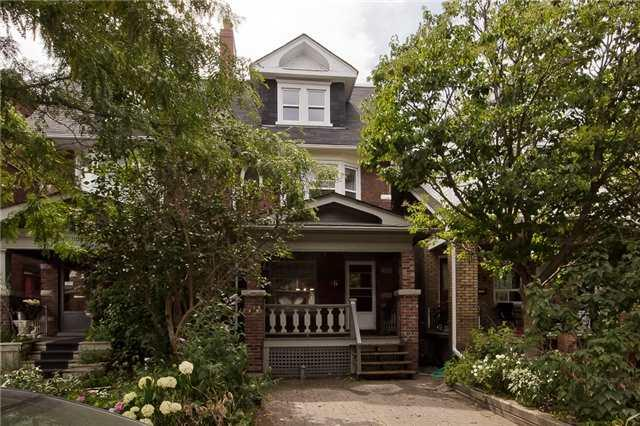 46 Appleton Ave, Toronto, ON M6E 3A5 (#C4134752) :: Beg Brothers Real Estate