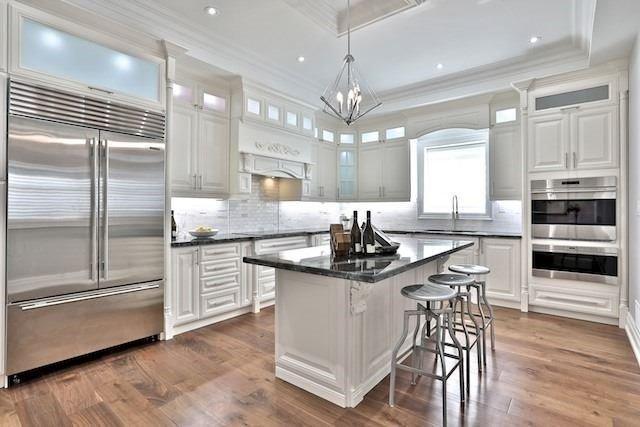 95 Glenvale Blvd, Toronto, ON M4G 2V8 (#C4135767) :: Beg Brothers Real Estate