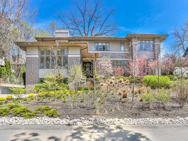 106 Wychwood Park, Toronto, ON M6G 2Y5 (#C4135810) :: Beg Brothers Real Estate