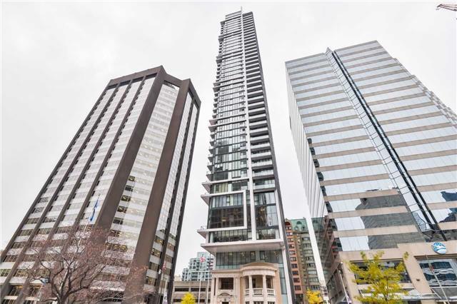 426 University Ave #2501, Toronto, ON M5G 1S9 (#C4138866) :: Beg Brothers Real Estate