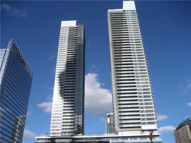 55 Bremner Blvd #3506, Toronto, ON M5J 0A6 (#C4193219) :: RE/MAX Prime Properties