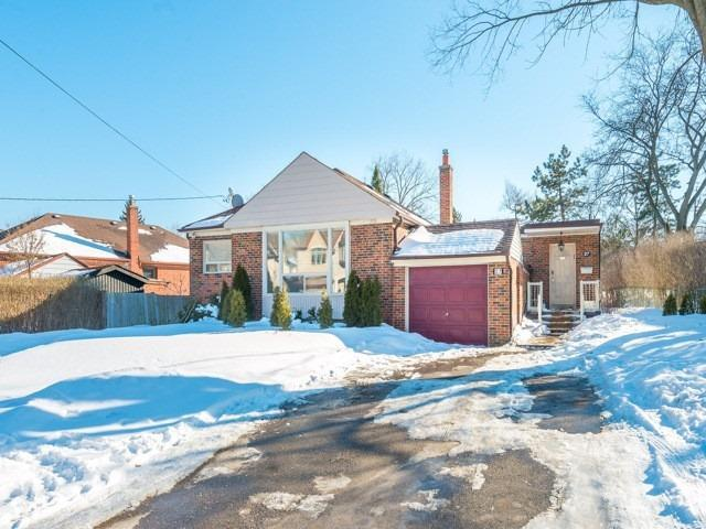 27 Ridgevale Dr, Toronto, ON M6A 1K9 (#C4382265) :: Jacky Man | Remax Ultimate Realty Inc.