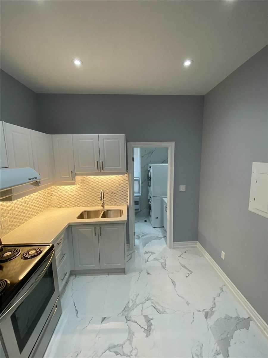 134 Dundas St - Photo 1