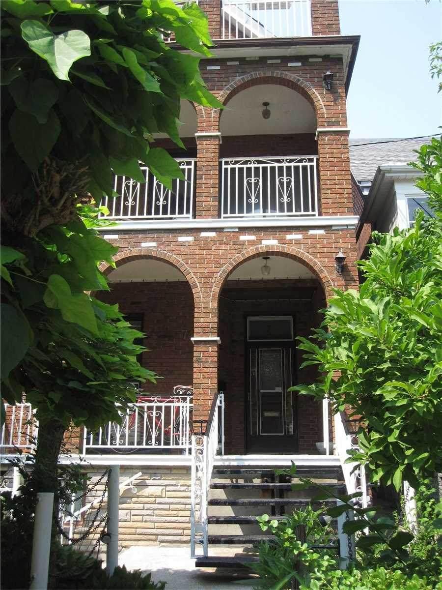 74 Delaware Ave - Photo 1