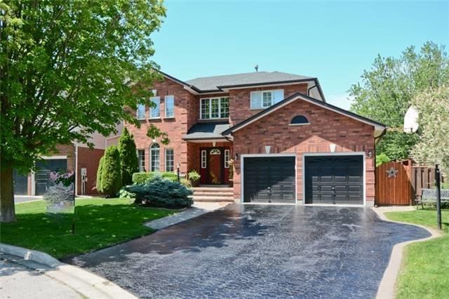11 Barrington Pl, Clarington, ON L1E 2K9 (#E3881720) :: Beg Brothers Real Estate