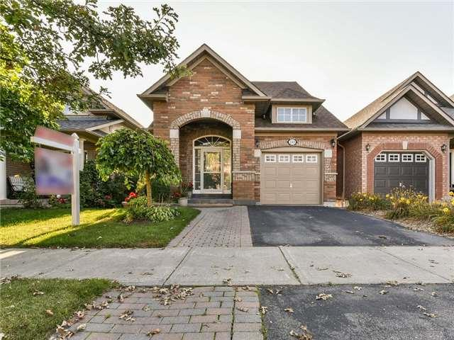 243 Willowbrook Dr, Whitby, ON L1R 2Z1 (#E3936508) :: Beg Brothers Real Estate