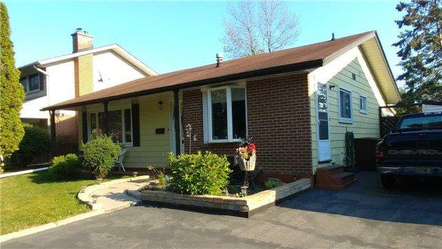 47 E Clements Rd, Ajax, ON L1S 1L1 (#E3936816) :: Beg Brothers Real Estate