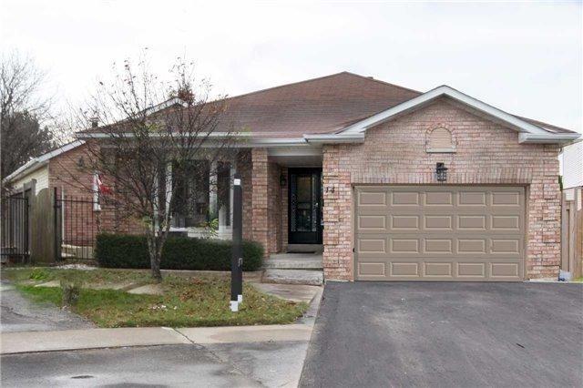 14 Stephen Ave, Clarington, ON L1E 1Z2 (#E4022041) :: Beg Brothers Real Estate