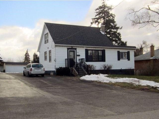 113 Allan St, Whitby, ON L1N 3S8 (#E4024124) :: Beg Brothers Real Estate