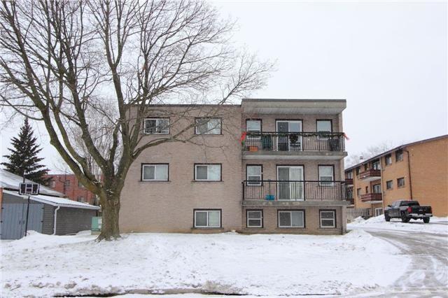 946 Masson St, Oshawa, ON L1G 5B2 (#E4024533) :: Beg Brothers Real Estate