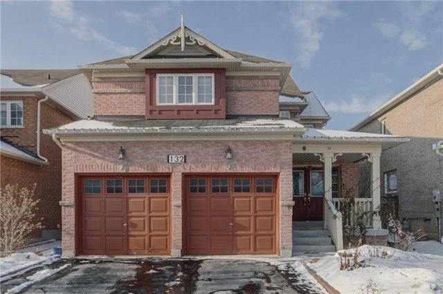 132 Baycliffe Dr, Whitby, ON L1P 1V5 (#E4024719) :: Beg Brothers Real Estate