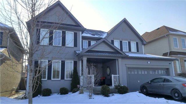 229 Britannia Ave, Oshawa, ON L1L 0B4 (#E4024777) :: Beg Brothers Real Estate