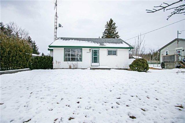2041 Nash Rd, Clarington, ON L1C 3K4 (#E4046323) :: Beg Brothers Real Estate