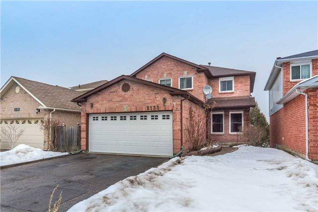 2133 Theoden Crt, Pickering, ON L1X 1Z9 (#E4046901) :: Beg Brothers Real Estate