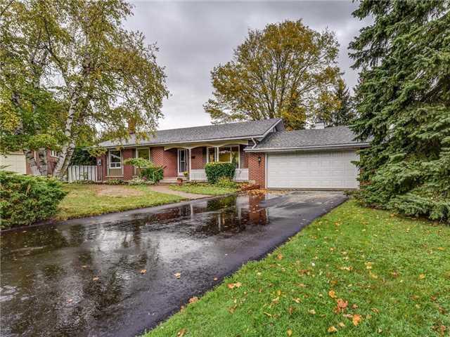 166 Lilac Crt, Oshawa, ON L1G 3C2 (#E4047503) :: Beg Brothers Real Estate