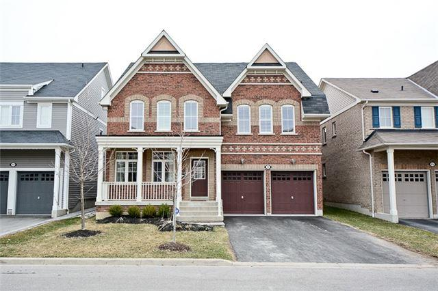 17 Bloomsbury St, Whitby, ON L1M 0H8 (#E4106557) :: Beg Brothers Real Estate