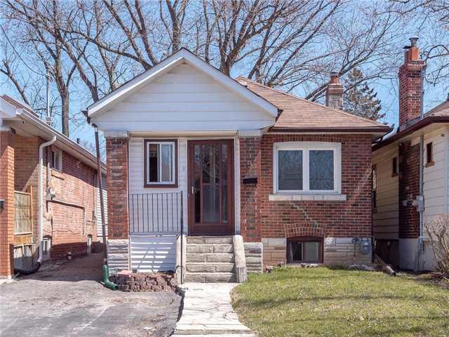 9 Elward Blvd, Toronto, ON M1L 3L1 (#E4107525) :: Beg Brothers Real Estate