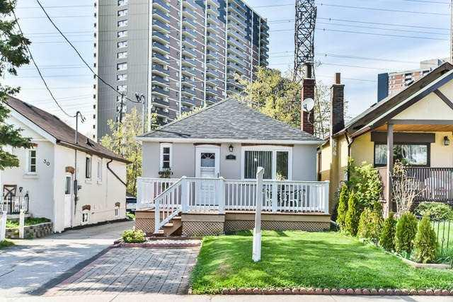 32 Albion Ave, Toronto, ON M1L 1J6 (#E4124134) :: Beg Brothers Real Estate