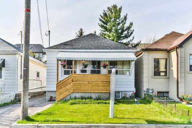 22 Mack Ave, Toronto, ON M1L 1L9 (#E4124163) :: Beg Brothers Real Estate