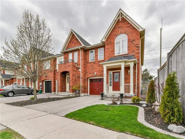 89 Stokely Cres, Whitby, ON L1N 9S6 (#E4125607) :: Beg Brothers Real Estate