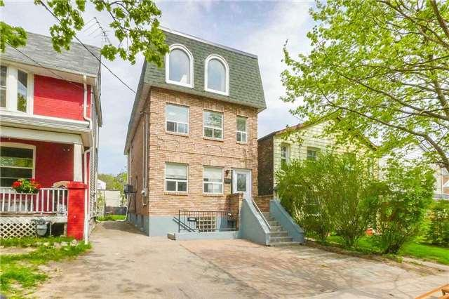 189 Rhodes Ave, Toronto, ON M4L 2Z9 (#E4132327) :: Beg Brothers Real Estate