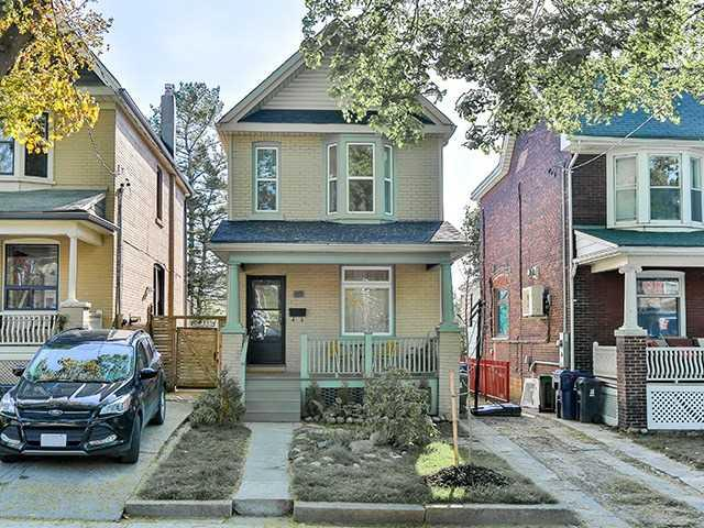 69 Redwood Ave, Toronto, ON M4L 2S5 (#E4134869) :: Beg Brothers Real Estate