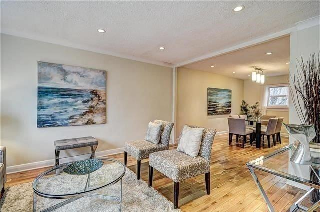 220 Clonmore Dr, Toronto, ON M1N 1Y1 (#E4135694) :: Beg Brothers Real Estate
