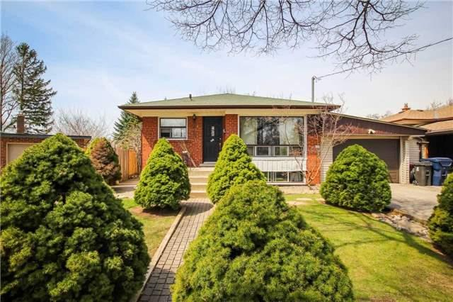 18 Roseglor Cres, Toronto, ON M1P 3T6 (#E4138078) :: Beg Brothers Real Estate