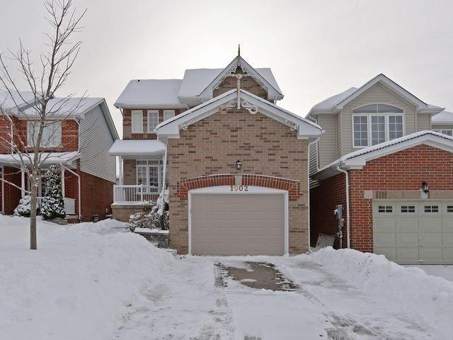1002 Summitview Cres, Oshawa, ON L1K 2K4 (#E4140982) :: Beg Brothers Real Estate
