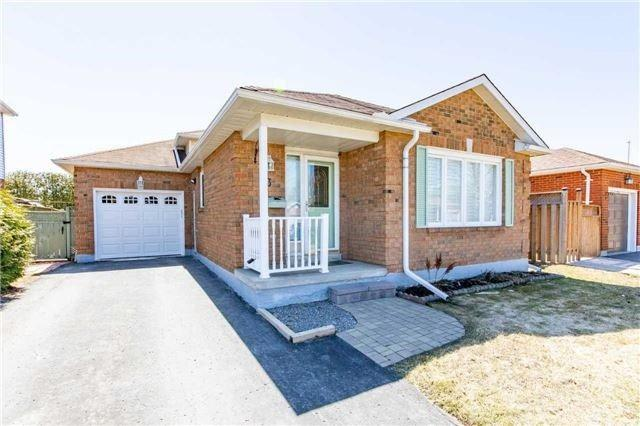 3 Devondale St, Clarington, ON L1E 1S2 (#E4140987) :: Beg Brothers Real Estate