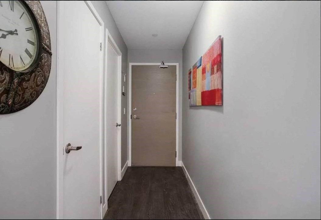 2055 Danforth Ave - Photo 1