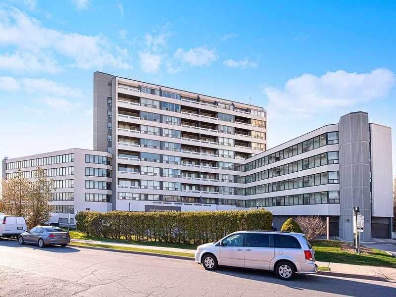 5600 Sheppard Ave - Photo 1