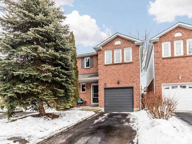 146 Adele Cres, Oshawa, ON L1J 7X6 (#E5127160) :: The Johnson Team