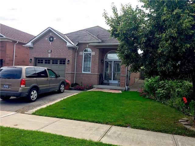 35 Silverado Tr, Vaughan, ON L4H 1W4 (#N4024854) :: Beg Brothers Real Estate
