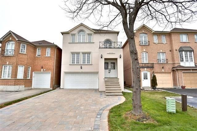 95 Yellowood Circ, Vaughan, ON L1J 8M3 (#N4025101) :: Beg Brothers Real Estate