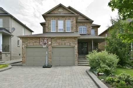 11 Crown Cres, Vaughan, ON L4H 1S5 (#N4025119) :: Beg Brothers Real Estate