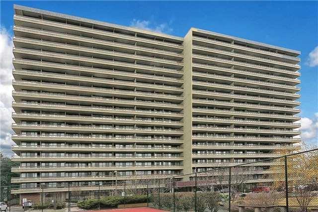 8111 Yonge St #1002, Markham, ON L3T 4V9 (#N4107060) :: Beg Brothers Real Estate