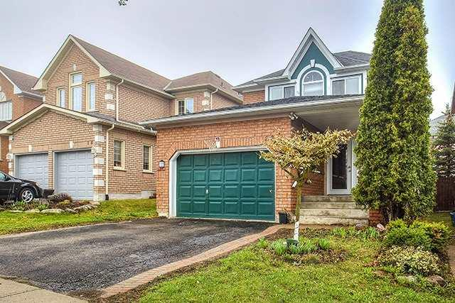 22 Clift Rd, Aurora, ON L4G 6Y2 (#N4119464) :: Beg Brothers Real Estate