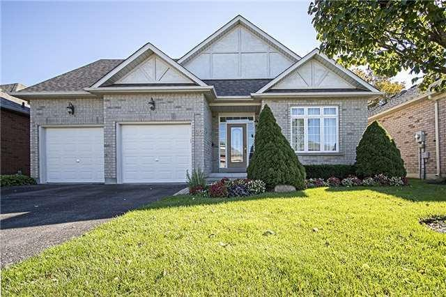 82 Couples Gallery, Whitchurch-Stouffville, ON L4A 1M7 (#N4123802) :: Beg Brothers Real Estate