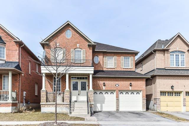 4 Oakford Dr, Markham, ON L6C 2Y8 (#N4125917) :: Beg Brothers Real Estate