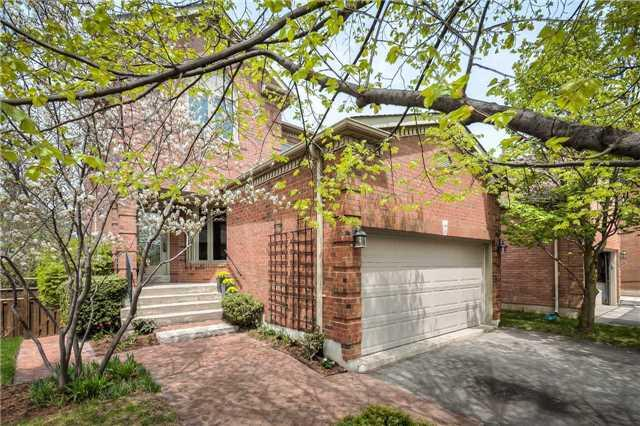 6 Taos Crt, Richmond Hill, ON L4C 0G5 (#N4128698) :: Beg Brothers Real Estate
